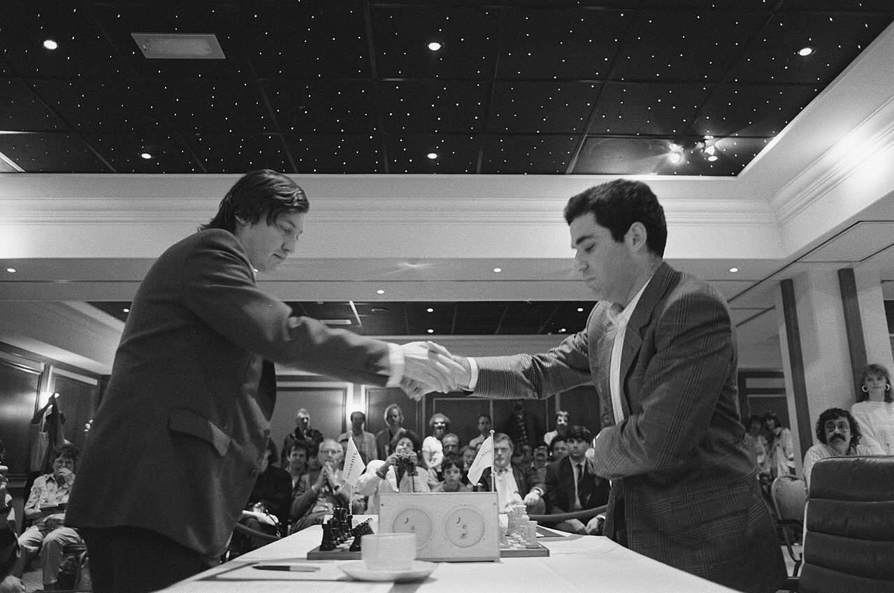 Karpov vs Kasparov – 25 de ani de la primul meci